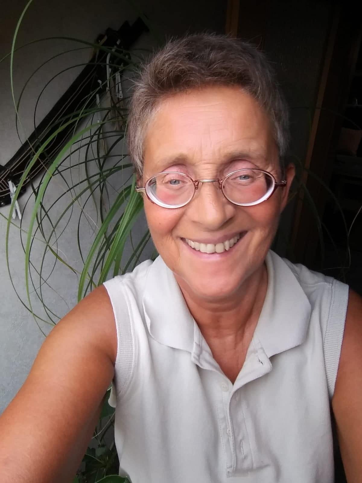 Iris Karfik
